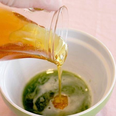 cách uống nước ép cần tây giảm cân mật ong