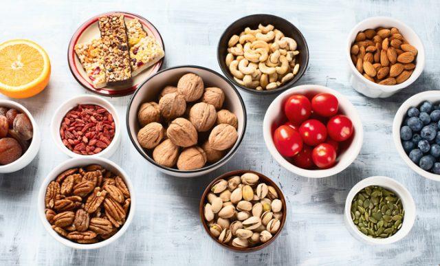 10 đồ ăn vặt giảm cân, thả ga ăn uống tại nhà mùa COVID mà không lo sợ lên ký