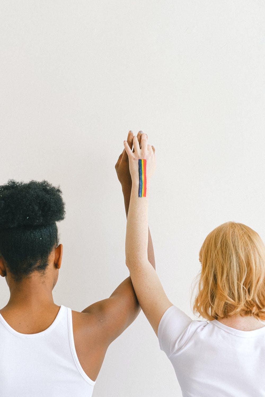 Từ bỏ suy nghĩ sai lệch về bisexual