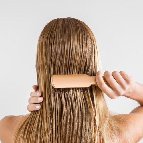 bước thực hiện làm màu tóc sáng lên bằng chanh
