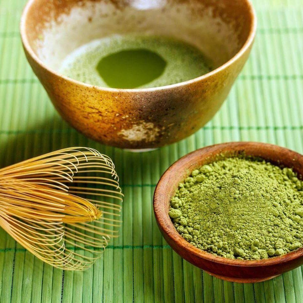 Rửa mặt bằng nước vo gạo + bột trà xanh giảm viêm mụn làm mềm da