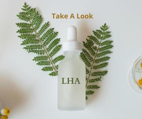 Tẩy tế bào chết hóa học LHA là gì? Dùng cho da nào?