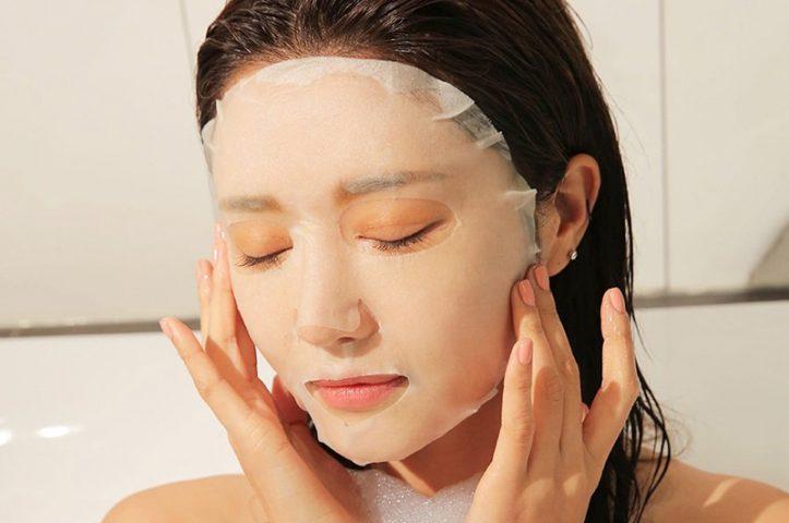 Đắp mặt nạ thư giãn 2-3 lần/tuần giúp duy trì sự căng mịn của da