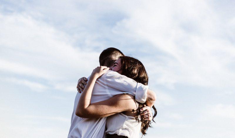 7 điều bạn nên biết trước khi hẹn hò với một cô gái là Bisexual