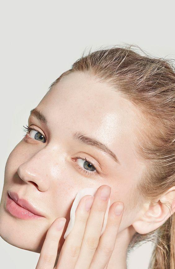 chăm sóc da sau khi nặn mụn tại nhà giúp mau hồi phục