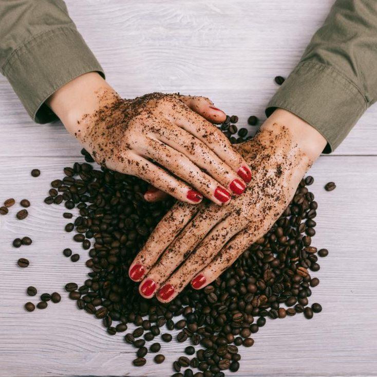 Tẩy da chết body bằng bã cà phê