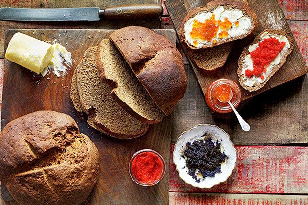 Thực đơn ngày 2 với bánh mì đen giảm cân