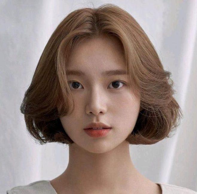 tóc uốn cụp hàn quốc