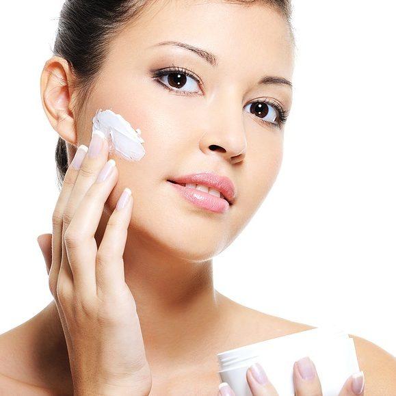 trang điểm - bắt đầu với dưỡng da
