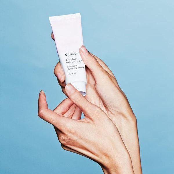 Đừng quên thử kem dưỡng ẩm cho da khô trước khi quyết định mua nhé!