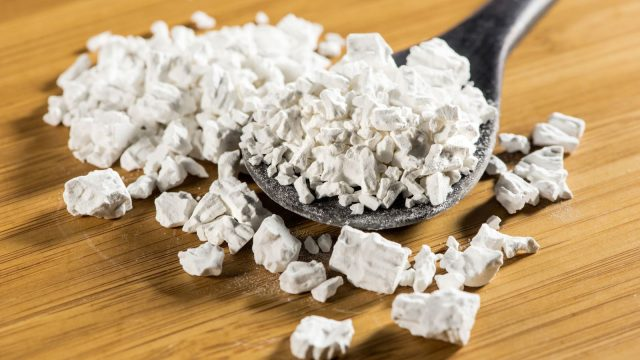 7 Tác dụng của bột sắn dây với sức khỏe, làm đẹp: mờ tàn nhang, giảm cân,…
