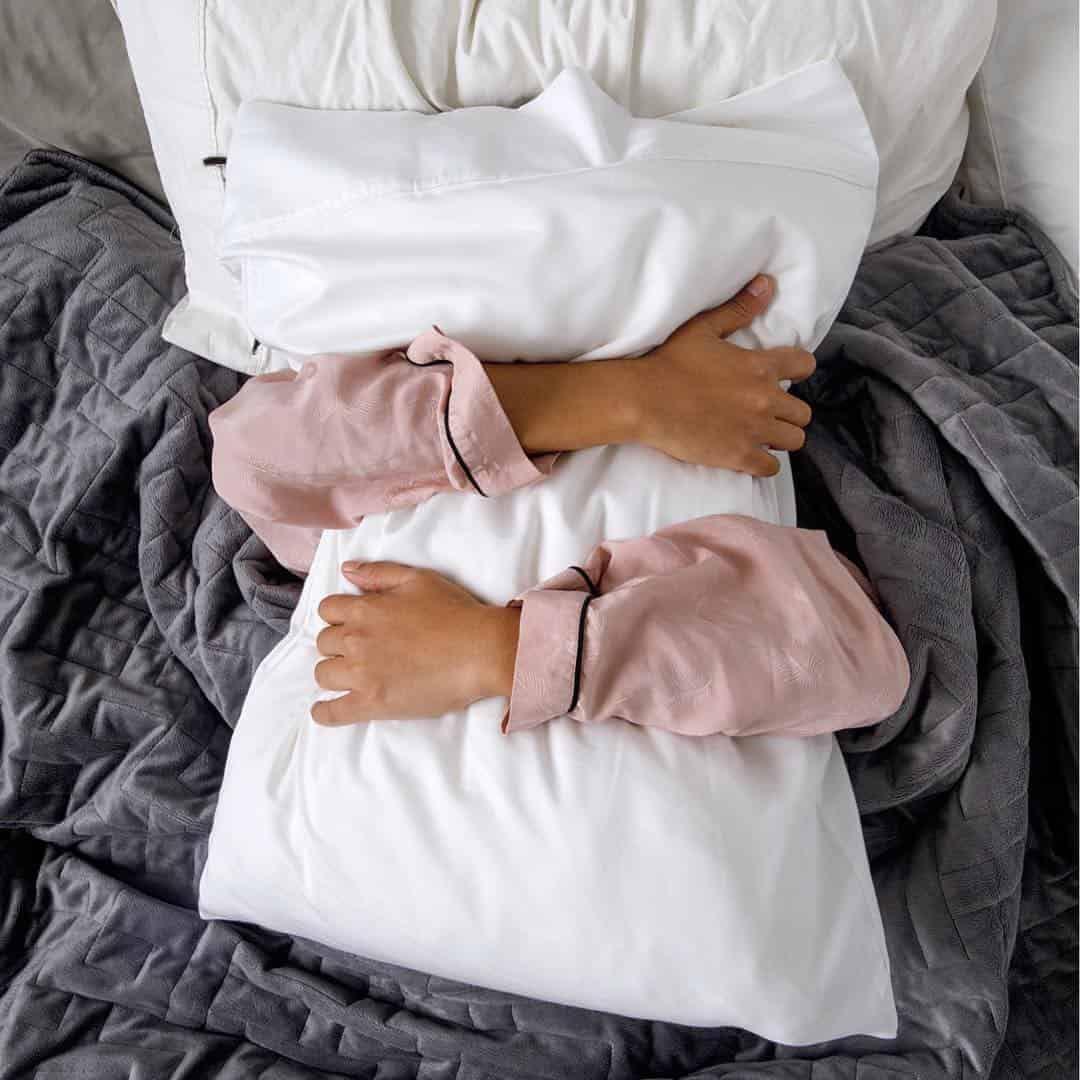 thiền nằm trước khi ngủ
