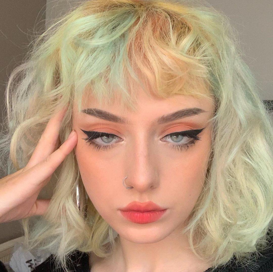 tóc mullet layer nữ uốn xoăn