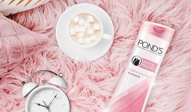 Review chi tiết nước hoa hồng Pond's White Beauty & Điều bạn cần biết