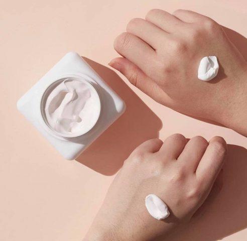 6 mỹ phẩm dưỡng trắng xuất sắc bán chạy nhất trên KaoKao