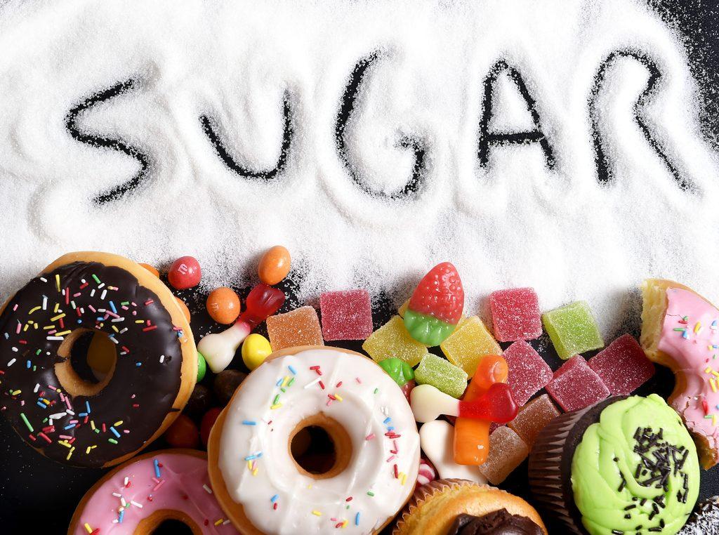 không nên ăn đồ ăn chứa nhiều đường