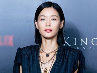 Jun Ji Hyun trong buổi ra mắt Phim Vương Triều Xác Sống
