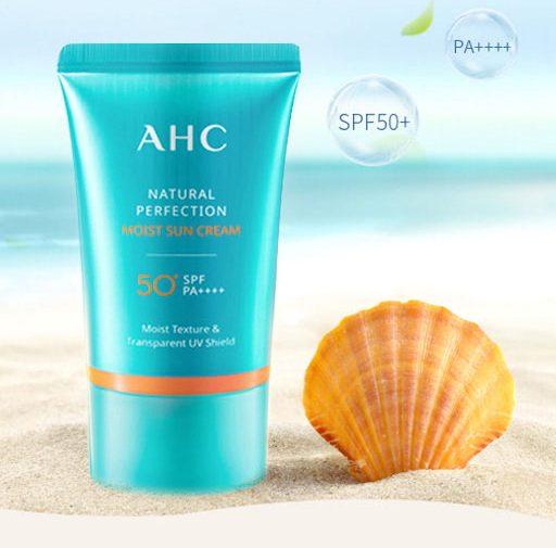 kem chống nắng phổ rộng AHC Natural Perfection Moist Sun Cream