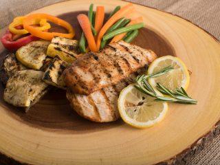 10 cách làm salad giảm cân với ức gà đơn giản tại nhà  ít calo nhất