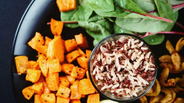Hàng tá tác dụng của gạo lứt và cách ăn được gợi ý bởi chuyên gia dinh dưỡng