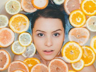 Review 9 kem dưỡng trắng da mặt cho da dầu tốt nhất hiện nay