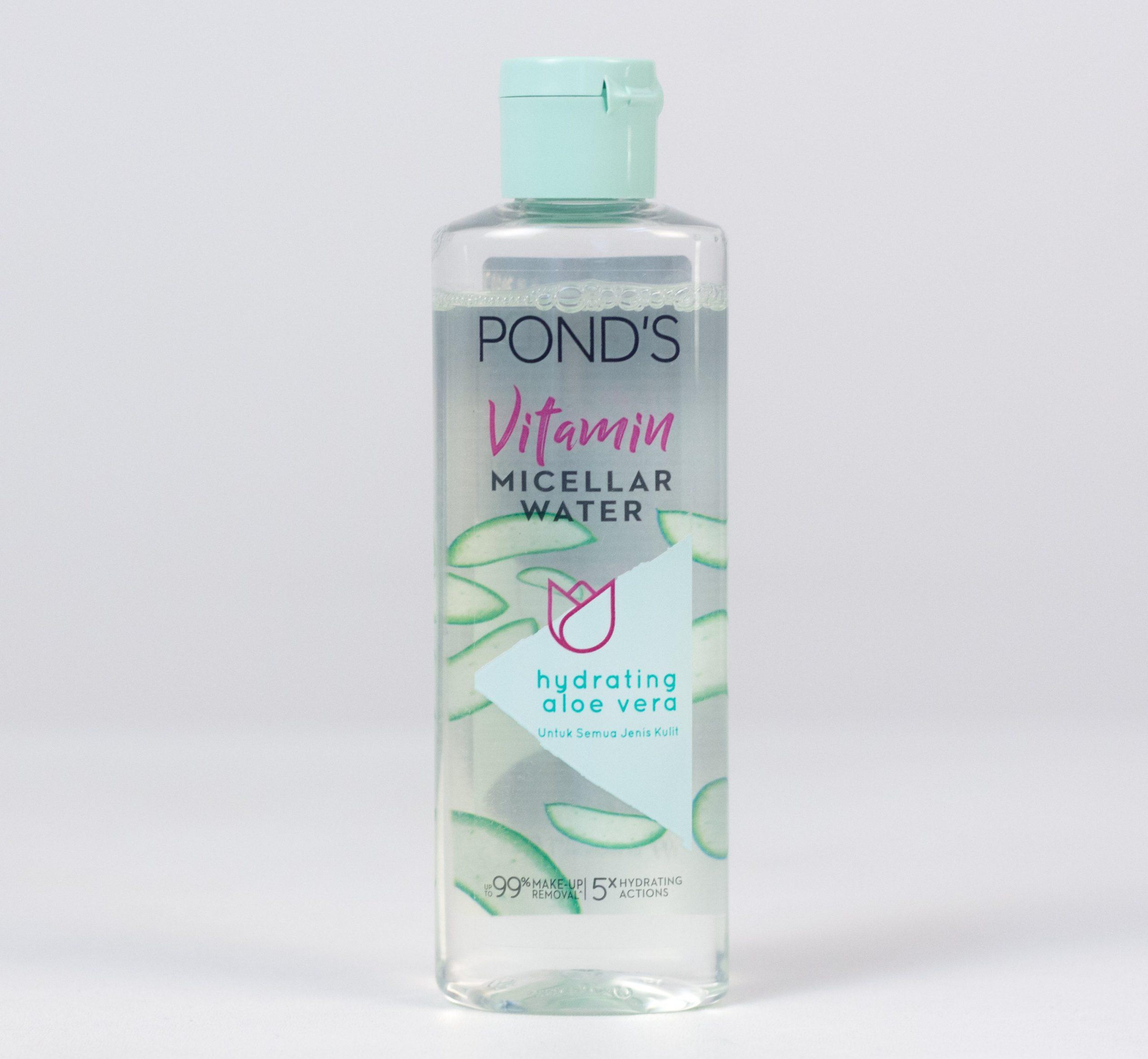 Pond's Vitamin Micellar Water Hydrating Aloe Vera