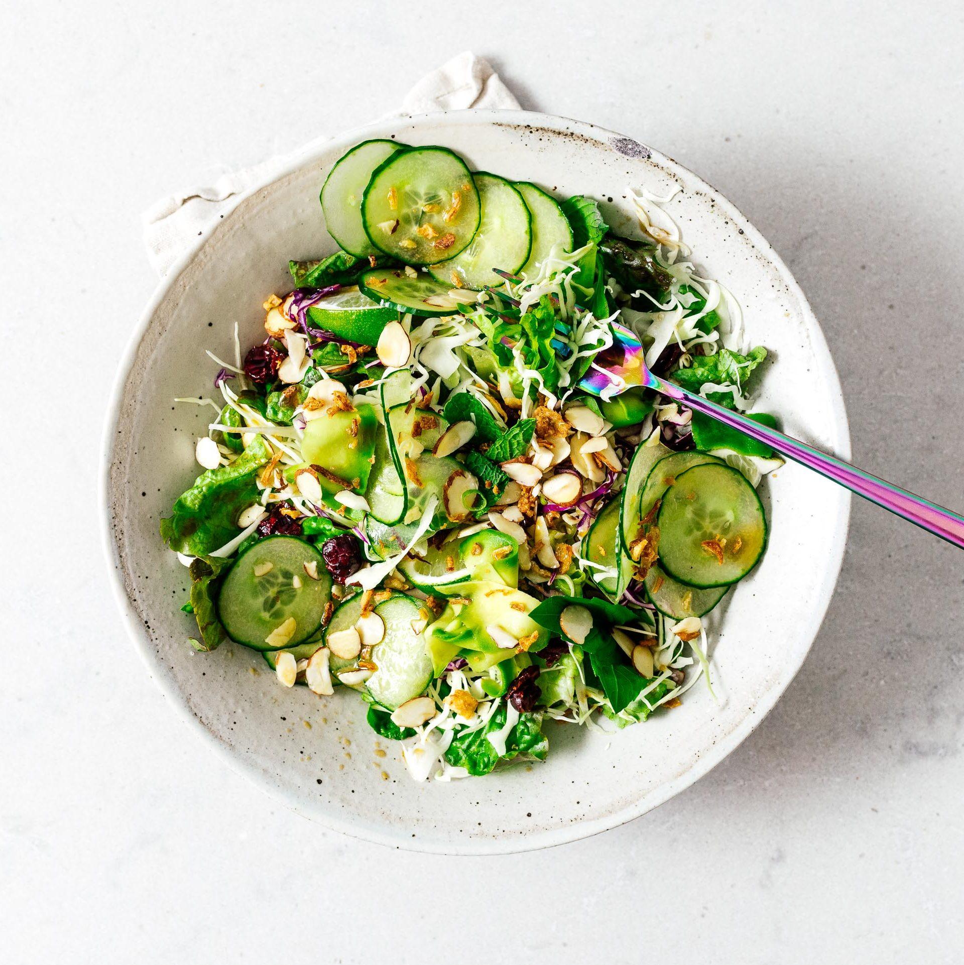 Salad Nhật Bản sốt mè rang