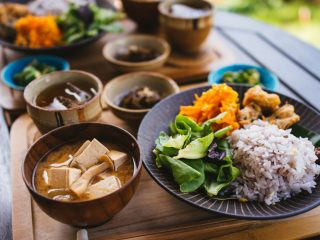 Chế độ ăn kiêng Okinawa: Thực phẩm, tuổi thọ, tác dụng với sức khỏe