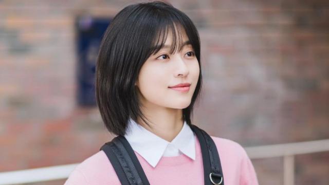 10 kiểu tóc ngắn layer cho mặt tròn che mọi khuyết điểm, nàng không còn âu lo