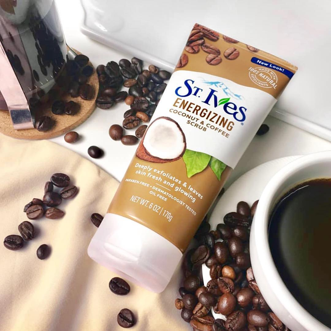 St.ives Energizing Coconut & Coffee Face Scrub