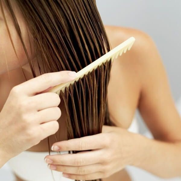 cách làm tóc mượt và thẳng tự nhiên