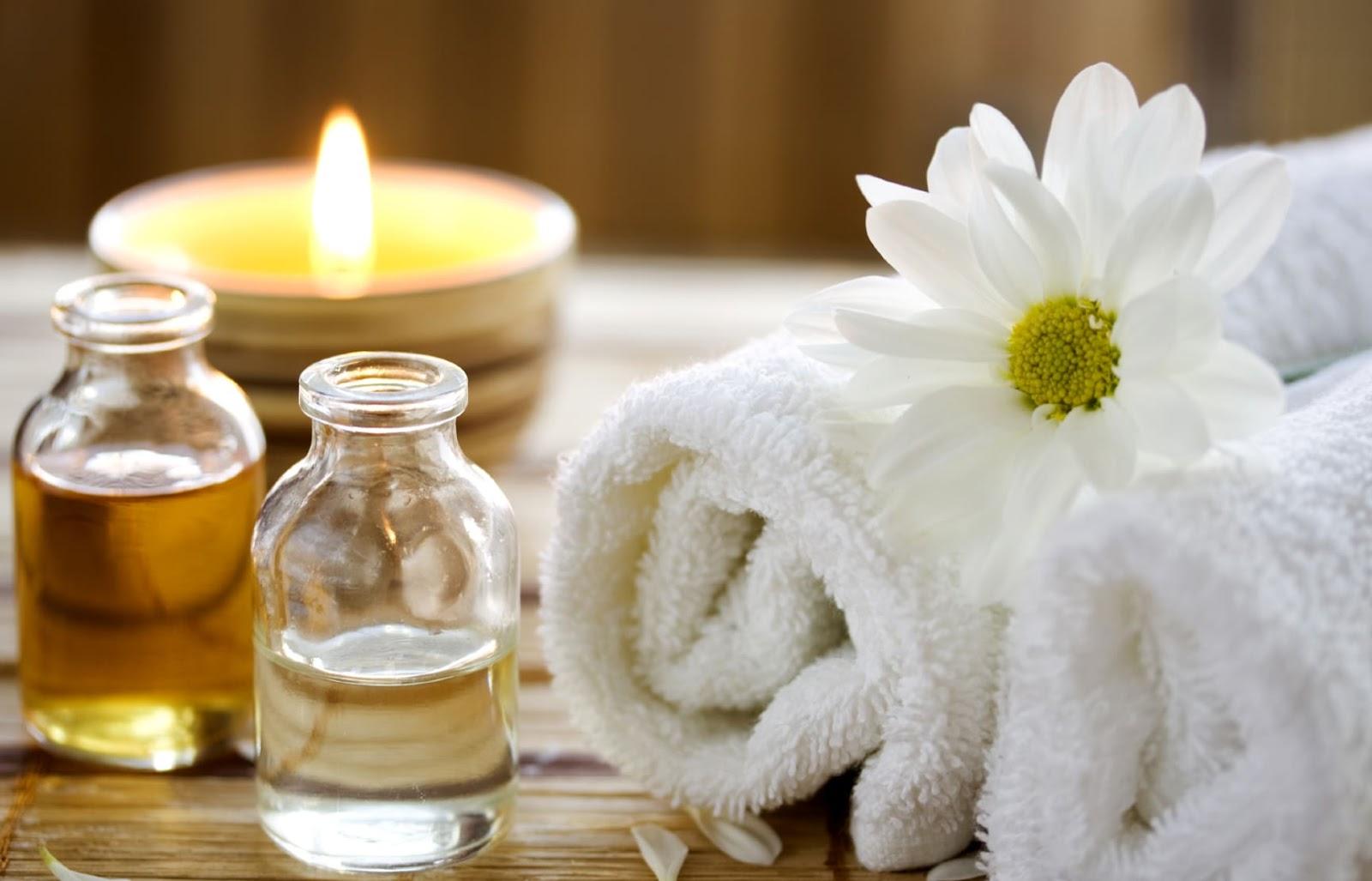 dầu thiên nhiên massage mặt