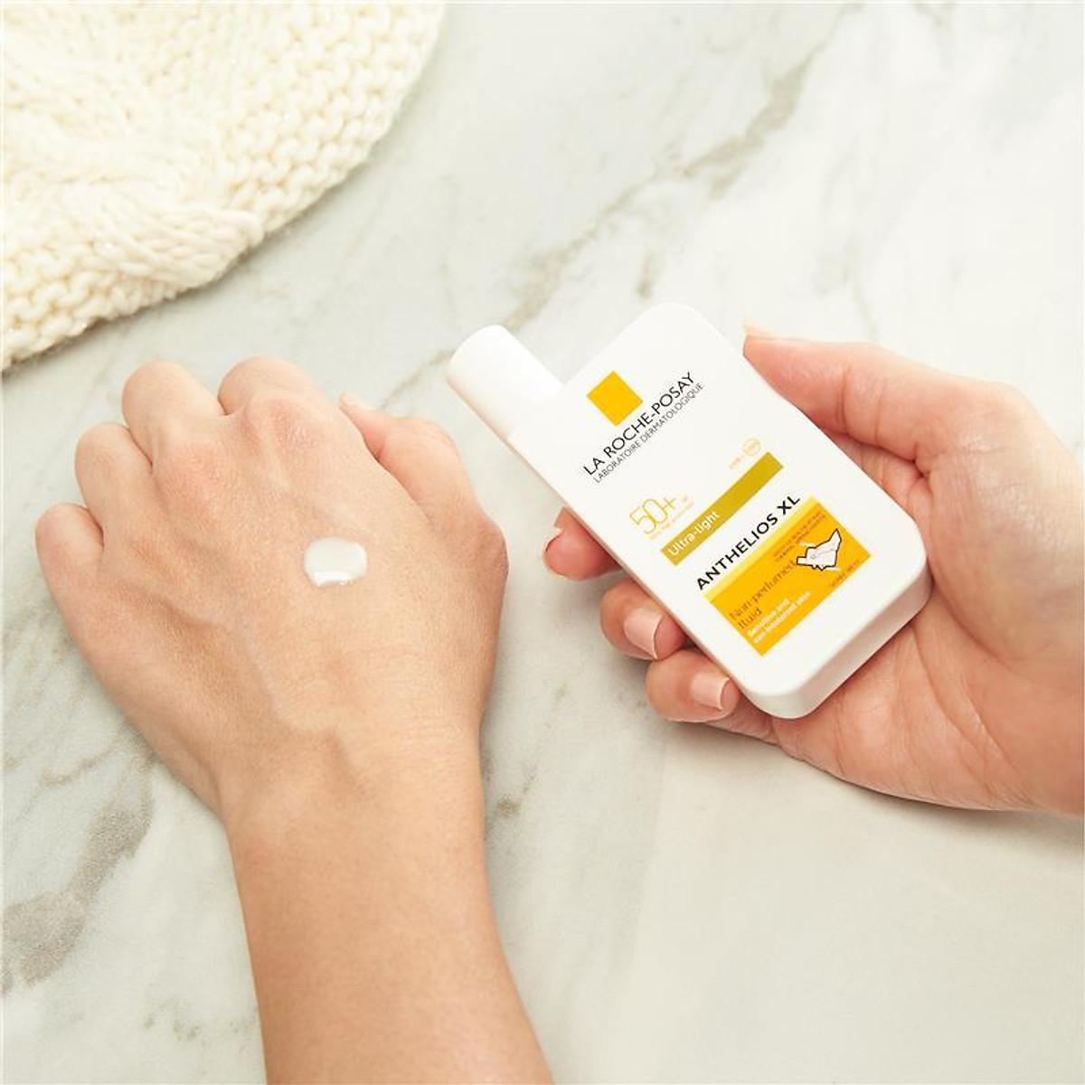 LA ROCHE-POSAY Anthelios SPF 50+ Ultra Light Sunscreen Fluid