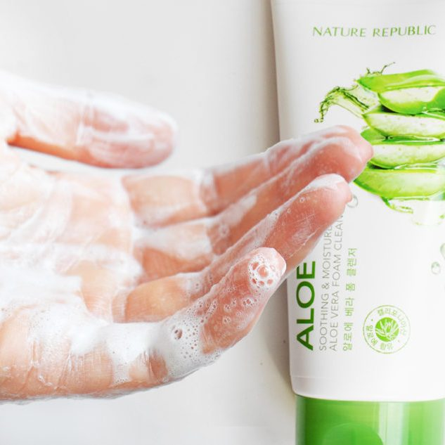 Nature Republic Soothing & Moisture Aloe Vera Cleansing