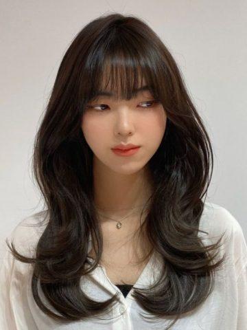 Tóc layer nữ dài mái thưa