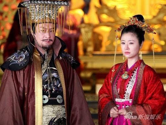 Phim Trung Quốc đấu đá hậu cung - Khuynh thế Hoàng Phi