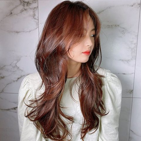 Tóc cắt tỉa layer kết hợp với mái dài